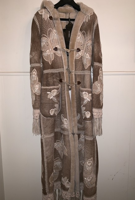 Preload https://item5.tradesy.com/images/dolce-and-gabbana-tan-dglcfh-37-coat-size-8-m-25957809-0-0.jpg?width=400&height=650