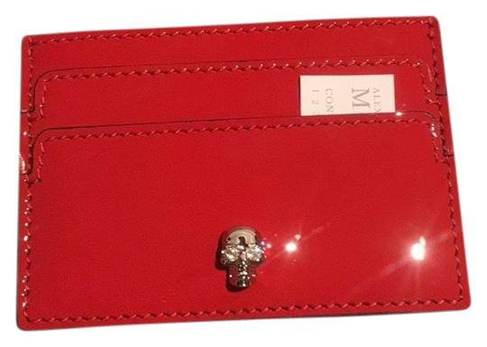 Preload https://img-static.tradesy.com/item/25957864/alexander-mcqueen-red-patent-card-holder-wallet-0-1-540-540.jpg