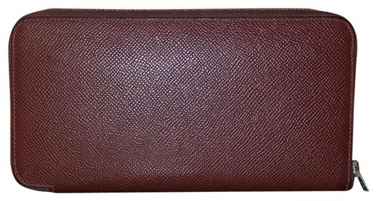 Preload https://img-static.tradesy.com/item/25957883/hermes-rouge-portefeuille-silk-in-classique-veau-epsom-wallet-0-1-540-540.jpg