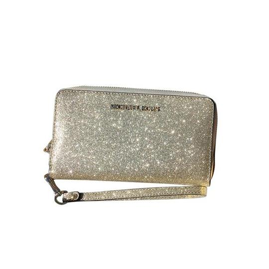 Michael Kors Womens Accessories Wristlet in Pale Gold Image 2