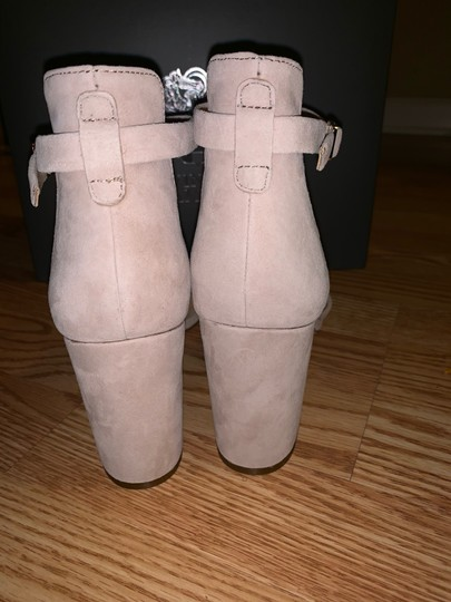 Vince Camuto tan Boots Image 2