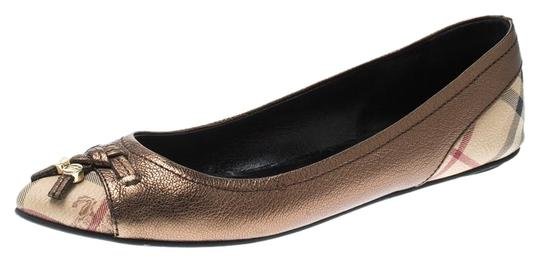 Preload https://img-static.tradesy.com/item/25958251/burberry-metallic-bronze-nova-check-leather-ballet-flats-sandals-size-eu-40-approx-us-10-regular-m-b-0-1-540-540.jpg