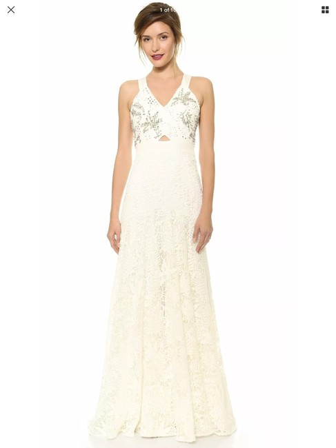 Item - White Lace Embellished Gown Traditional Wedding Dress Size 2 (XS)