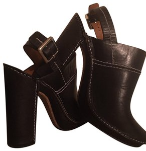 Chloé Black leather with white stitching Mules