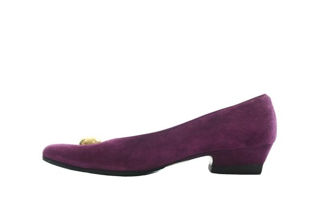 Item - Purple Suede Low Pumps Size US 6 Regular (M, B)
