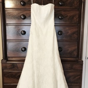 Monique Lhuillier Ivory Bliss #1208 Bl1208 Traditional Wedding Dress Size 6 (S)