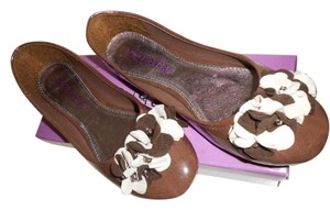Viva Secret Floral Ballet Faux Leather Patent Leather Patent Brown Flats