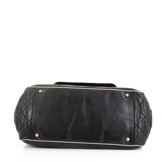 Chanel East West Flap Lambskin Shoulder Bag Image 4