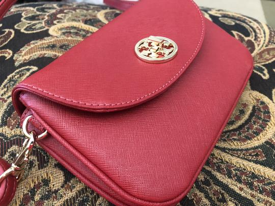 Tory Burch Cross Body Bag Image 3