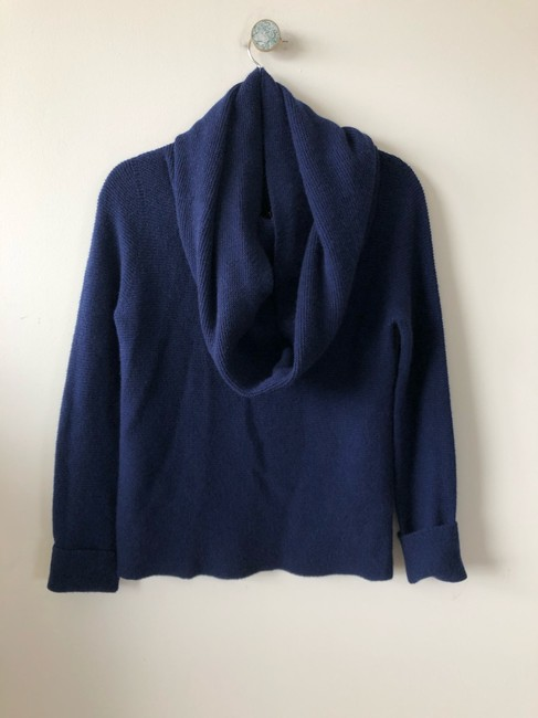 The Row Tory Burch Isabel Marant Goop Toteme Ryan Roche Sweater Image 10