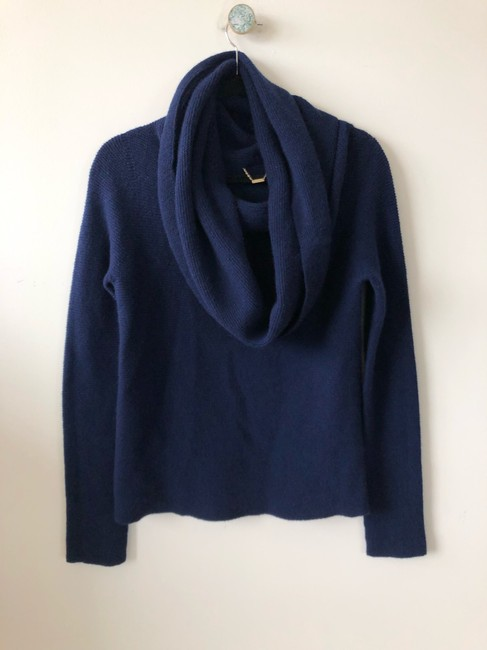 The Row Tory Burch Isabel Marant Goop Toteme Ryan Roche Sweater Image 4