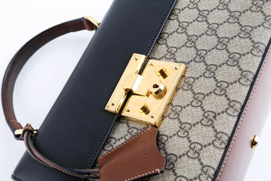Gucci Satchel in Beige Image 9