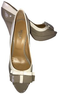 Melin (Shoes) taupe with cream Pumps