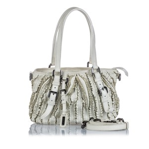 Burberry 9gbust017 Vintage Leather Satchel in White