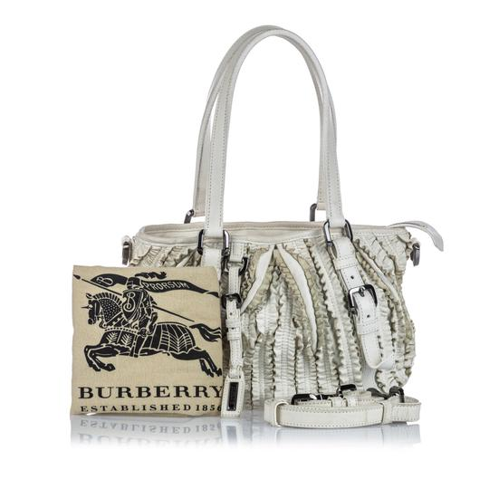 Burberry 9gbust017 Vintage Leather Satchel in White Image 8