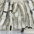 Burberry 9gbust017 Vintage Leather Satchel in White Image 9