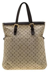 Louis Vuitton Canvas Fabric Tote in Green