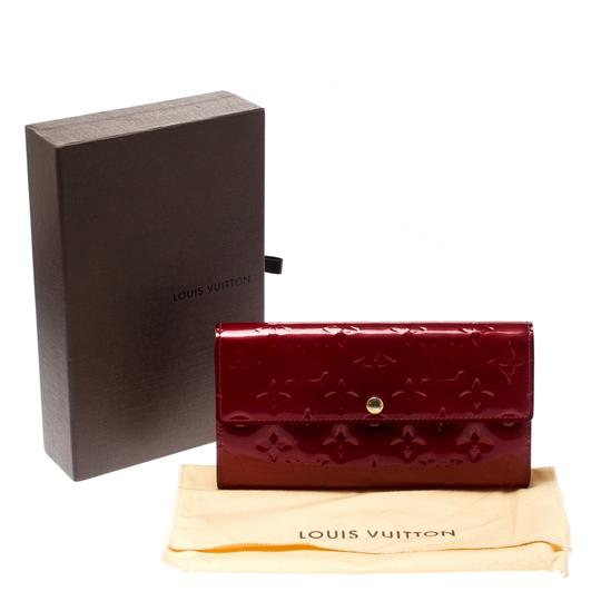 Louis Vuitton Louis Vuitton Pomme D'amour Monogram Vernis Sarah Continental Wallet Image 10