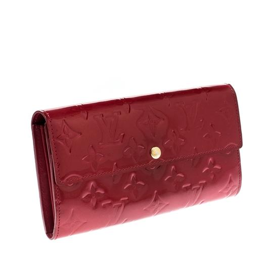 Louis Vuitton Louis Vuitton Pomme D'amour Monogram Vernis Sarah Continental Wallet Image 3