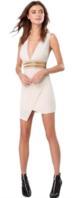 Item - Beige Embellished Deep Plunge Short Cocktail Dress Size 8 (M)