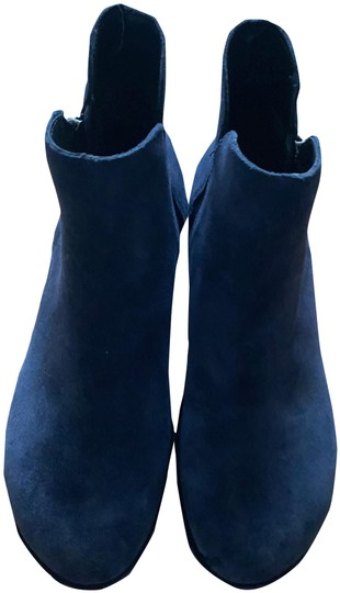 Preload https://img-static.tradesy.com/item/25965332/kenneth-cole-reaction-light-navy-blue-winter-line-bootsbooties-size-us-6-regular-m-b-0-2-540-540.jpg