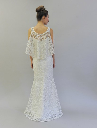 Austin Scarlett Silk White (Diamond White) Branch Lace Nadine E017 Formal Wedding Dress Size 4 (S) Image 2