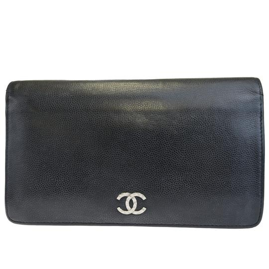 Preload https://img-static.tradesy.com/item/25965450/chanel-black-cc-logo-long-bifold-purse-caviar-leather-wallet-0-0-540-540.jpg