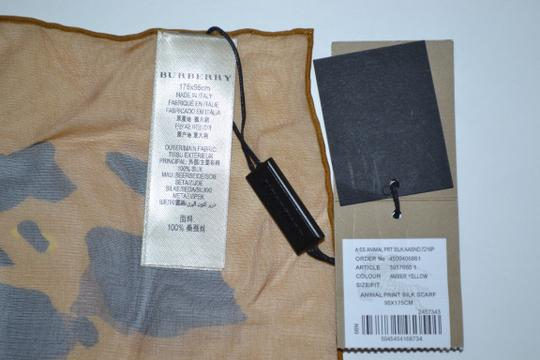 Burberry NEW ANIMAL-PRINT SILK GEORGETTE XL Amber Yellow SCARF WRAP Italy Image 5