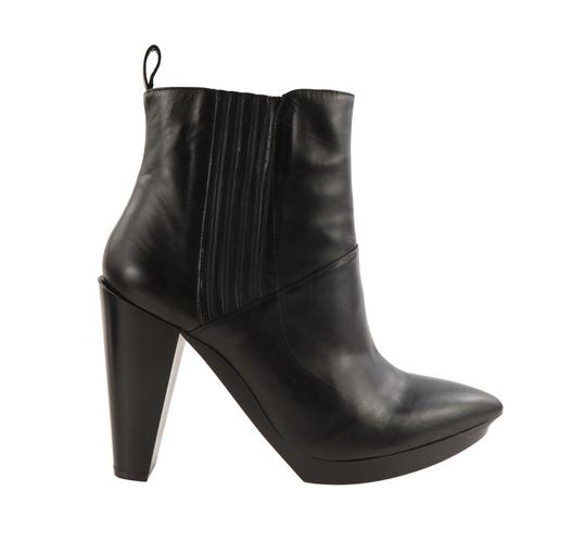 Preload https://img-static.tradesy.com/item/25965581/robert-clergerie-black-leather-ankle-bootsbooties-size-eu-39-approx-us-9-regular-m-b-0-1-540-540.jpg