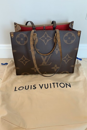 Louis Vuitton Tote Image 9