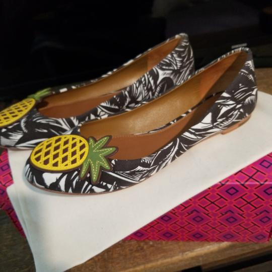 Tory Burch Brown/white Flats Image 4