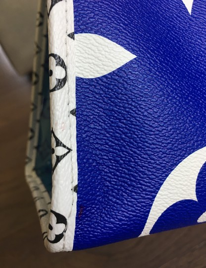 Louis Vuitton Tote in Blue Image 10