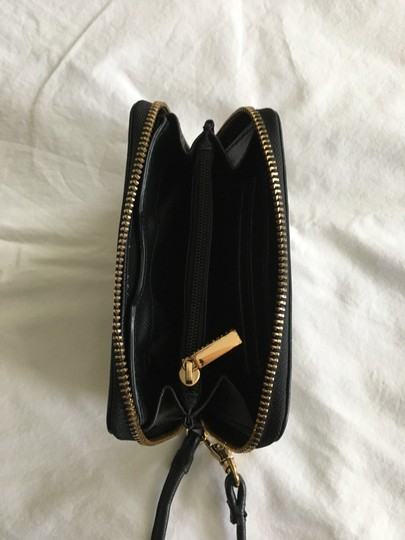 Tory Burch Wristlet in Black Image 2