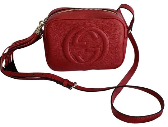 Preload https://img-static.tradesy.com/item/25965808/gucci-soho-disco-red-leather-cross-body-bag-0-3-540-540.jpg