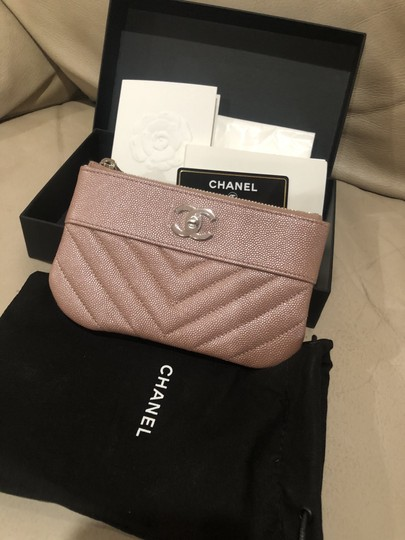 Chanel 19P Chanel Iridescent Rose Gold Grained Lambskin Mini Zip O Case Image 1