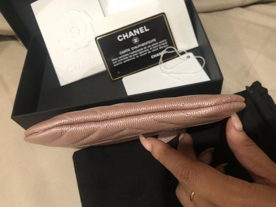 Chanel 19P Chanel Iridescent Rose Gold Grained Lambskin Mini Zip O Case Image 5