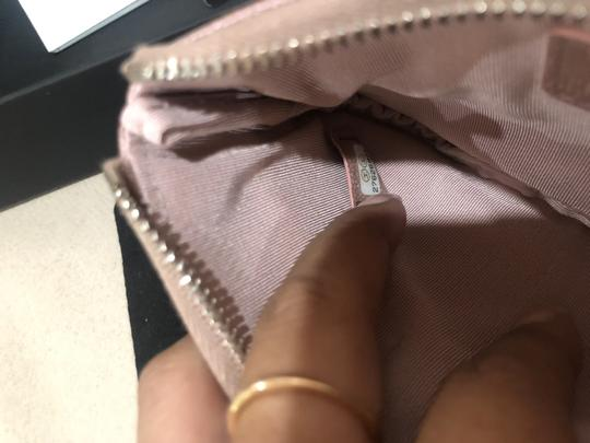 Chanel 19P Chanel Iridescent Rose Gold Grained Lambskin Mini Zip O Case Image 6