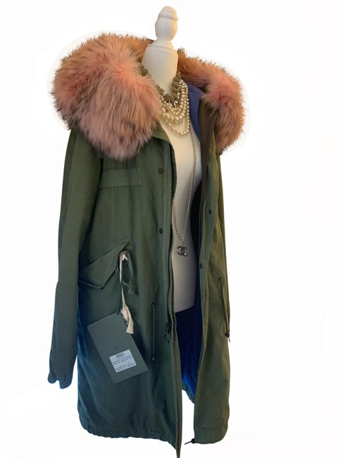 Preload https://img-static.tradesy.com/item/25965983/mr-and-mrs-italy-army-green-parka-canvas-quilt-racoon-coat-size-2-xs-0-5-650-650.jpg