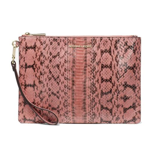 Preload https://img-static.tradesy.com/item/25966013/michael-kors-clutch-medium-zip-pouch-wallet-rose-leather-wristlet-0-0-540-540.jpg
