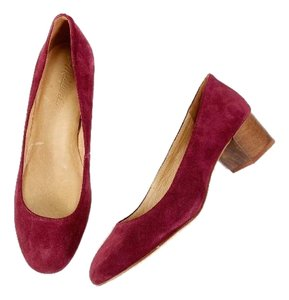 Madewell Block Heel Suede red Pumps