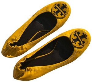 Tory Burch Summer Vacation yellow Flats