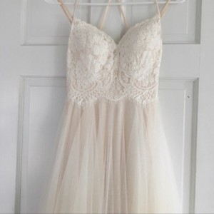 BHLDN White/Beige Lining Rosalind Gown Feminine Wedding Dress Size 00 (XXS)