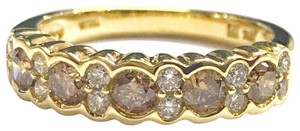 LeVian GORGEOUS!! GREAT CONDITION!! LeVian 14 Karat Yellow Gold Chocolate and White Diamond Band