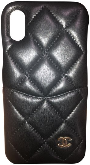 Preload https://img-static.tradesy.com/item/25967214/chanel-black-logo-lambskin-quilted-iphone-x-tech-accessory-0-2-540-540.jpg
