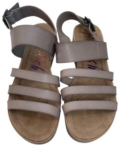 Blowfish taupe Sandals