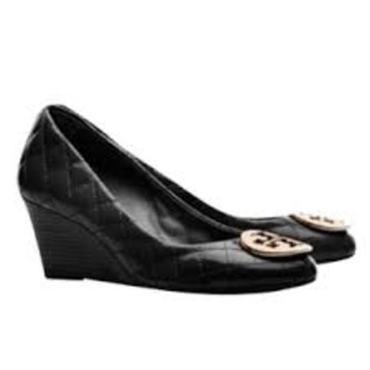 Tory Burch Never Worn Quilting black patent Wedges Image 1