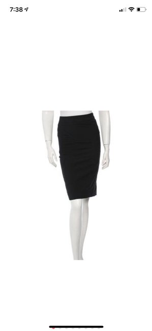 Item - Black Pencil Skirt Size 4 (S, 27)