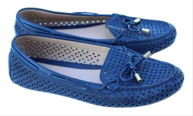 Item - Navy Blue Perforated Leather Flats Size US 8 Regular (M, B)