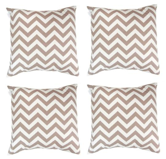 Preload https://img-static.tradesy.com/item/25967574/4-pack-zig-zag-striped-print-18x18-throw-pillow-covers-decoration-0-0-540-540.jpg