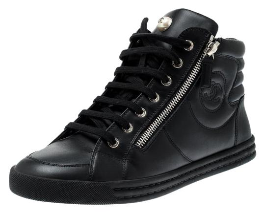Preload https://img-static.tradesy.com/item/25967946/chanel-black-leather-cc-double-zip-accent-high-top-sneakers-size-eu-39-approx-us-9-regular-m-b-0-1-540-540.jpg